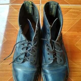 Sepatu booth navy DR.Marten