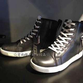 🚚 美國AUGI時尚車靴 AU4  AU-4休閒短車靴買就加送手套潮牌流行 休閒車靴 皮革車靴 休閒鞋  運動鞋 黑色