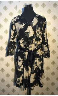 Floral wrap around dress with tie knot