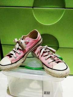 Orig Pink Converse