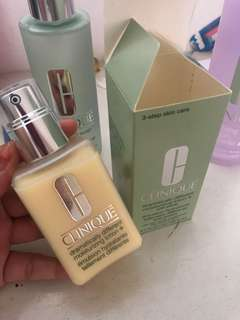 Clinique Moisturizing Lotion + with pump
