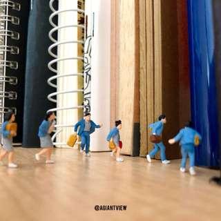 Miniature Figurine school kids Terrarium