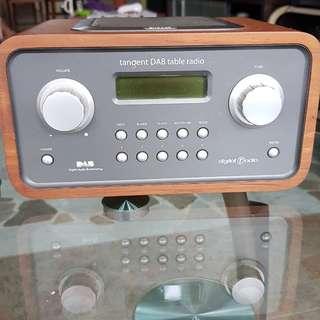 Tangent DAB table radio