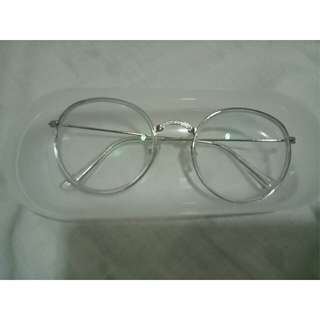 Eyeglasses / optical lens / frame / eyewear