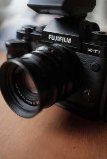 Fujifilm X-T1 + Fujinon 35mm F2 WR Lens