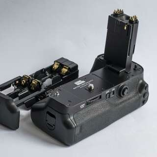 3rd Party Grip BG-E11 for Canon 5Dmiii