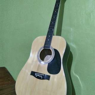 Steven Harris Guitar (with pick up)