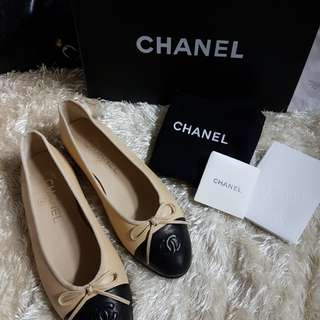 Authentic Brand New Chanel Two Toned Ballet Flats Size 36