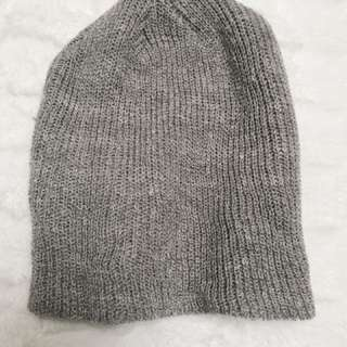🛍Forever 21 grey beanie