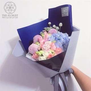 princess size 14 吋鮮花束。生日。畢業花束。