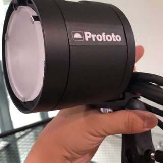 Profoto B2 , trigger for canon, gel kit, grid kit
