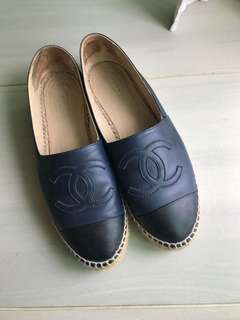 Chanel espadrilles size 39 but fits 40 better