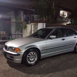 BMW 318i at 2000 Silver