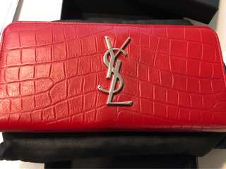 100% new 100% real YSL wallet 長銀包