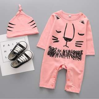 93588A Cartoon Lion with Hat Baby Jumpsuit