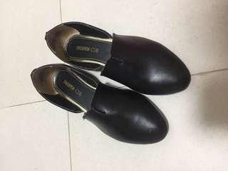 shoopen shoes 原價$299 購入 只穿過一次