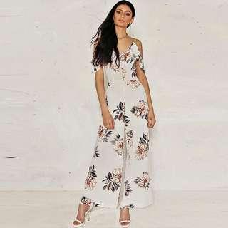 Summer dress in flower v-neck jumpers