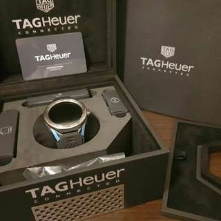 Tag Heuer Connected Modular 45 (45mm) Silver Titanium Bezel Black rubber strap Box, Paper, Warranty valid until 2020