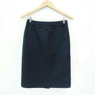 C40 Highwaist Black Strip Garis Garis Rok Midi Skirt Formal Kerja