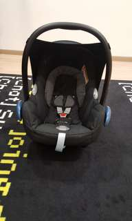 Baby Carrier & Car Seat Maxi-Cosi CabrioFix