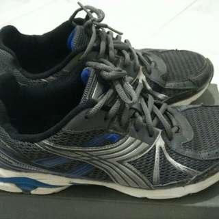 Diadora, Adidas dan Airwalk size 44