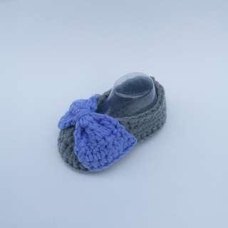 BABY BOOTIES: Baby Shoes, Baby Bow Booties, Baby Ribbon Booties (Crochet)