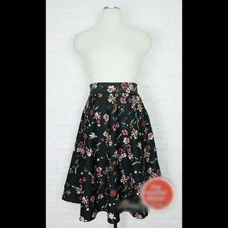 Brand New Floral Midi Skirt with Pockets