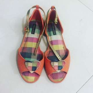 Terra & Agua Sandals Size 7 US