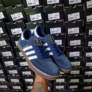 Sepatu Adidas spezial