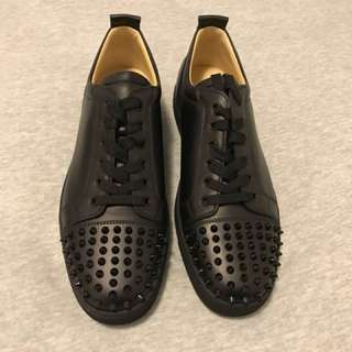 "CHRISTIAN LOUBOUTIN ""Louis junior spikes black"""