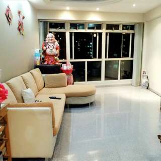 Punggol Low Price High Floor Unblocked 3 mins to Lrt
