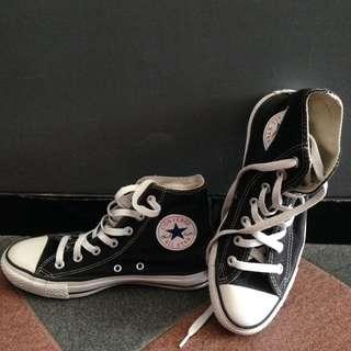 Sepatu Converse High BW