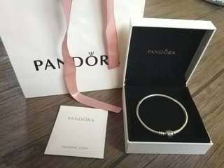 Authentic Pandora Collier size 19cm