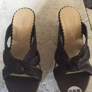Japan-made wedge sandals