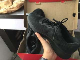 Nike cajun 43