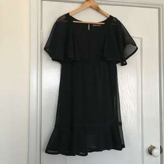Princess Highway Dress 12 Black Ruffled Dress Gathered Top Hem