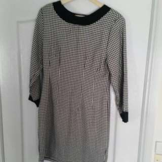 Size Small Midi Dress Checked Flattering Bargain