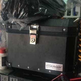 Box 38L Brand new