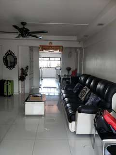 2 rooms for rental 4 room HDB