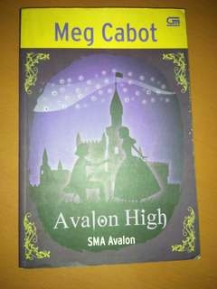 Novel Teenlit Avalon High by Meg Cabot [4 item novel 25k]