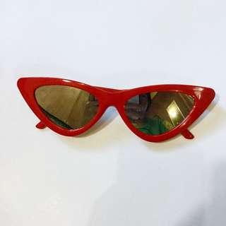 Red Retro Sunnies