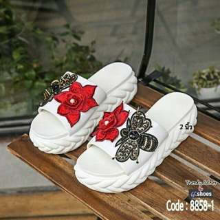 Chic wedge sandals
