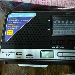 收音機一部