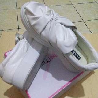 bow bow sneakers sepatu putih