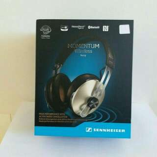Sennheiser momentum wireless lvory