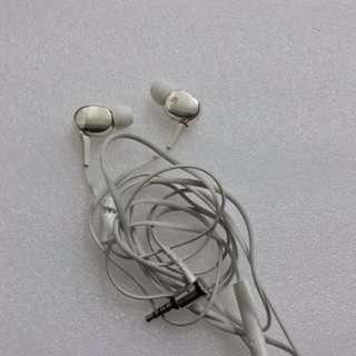 SONY XBA30動鐵三單元耳機+送APPLE原廠耳機