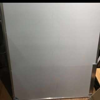 Whiteboard mobile adjustable white board