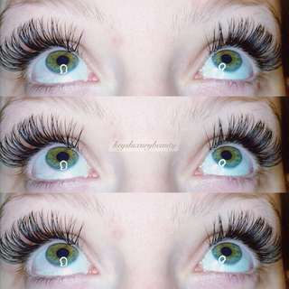 $✨$60 eyelash extensions! Unlimited lash count!✨