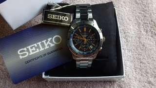 Seiko 5 chronograph watch