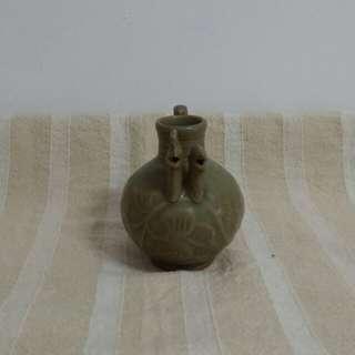 宋    龙泉窑双鸡冠壶(稀有)高9.5cm
